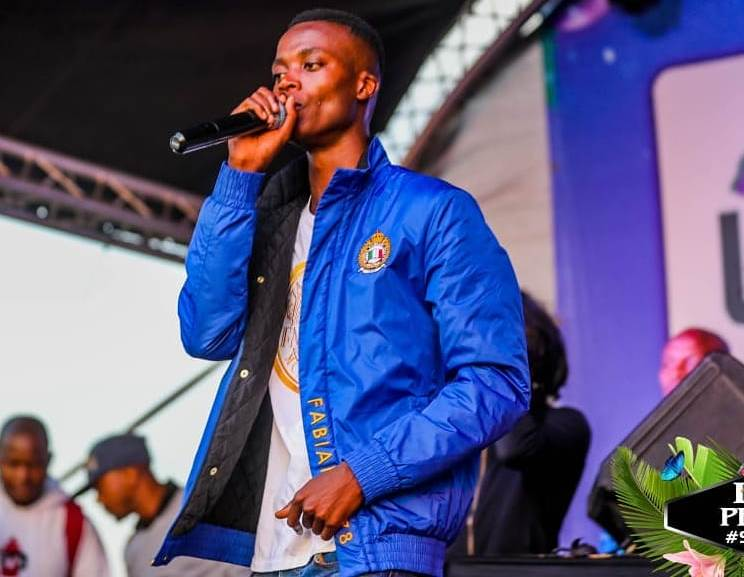 Nice One! King Monada Sets Up A Recording To Help The Villagers