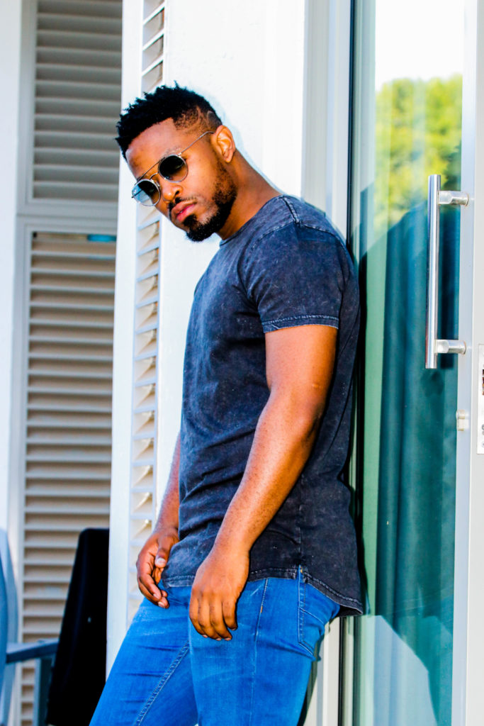 Prince Kaybee Gets A Plaque From Youtube For Reaching 100'000 Subscribers.