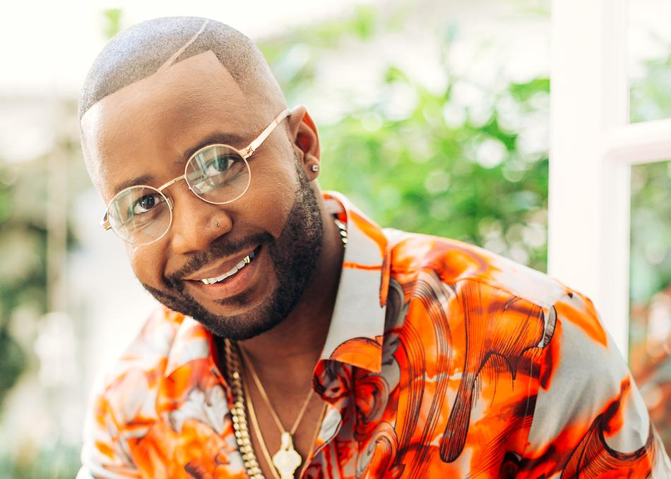 Cassper treated with a heart-warming welcome ceremony on his arrival in Botswana