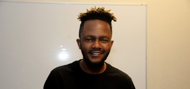 """Nobody moving bro, Its love"" – Kwesta reacts to Scoop's music break advise"